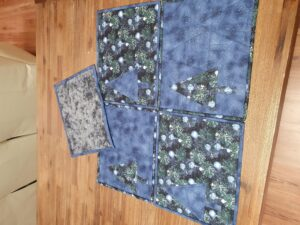 Christmas Placemat in green and blue with blue christmas tree mix and match